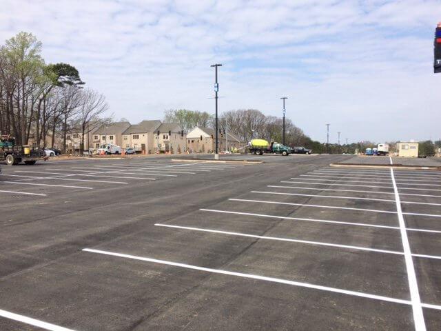 asphalt parking lot construction