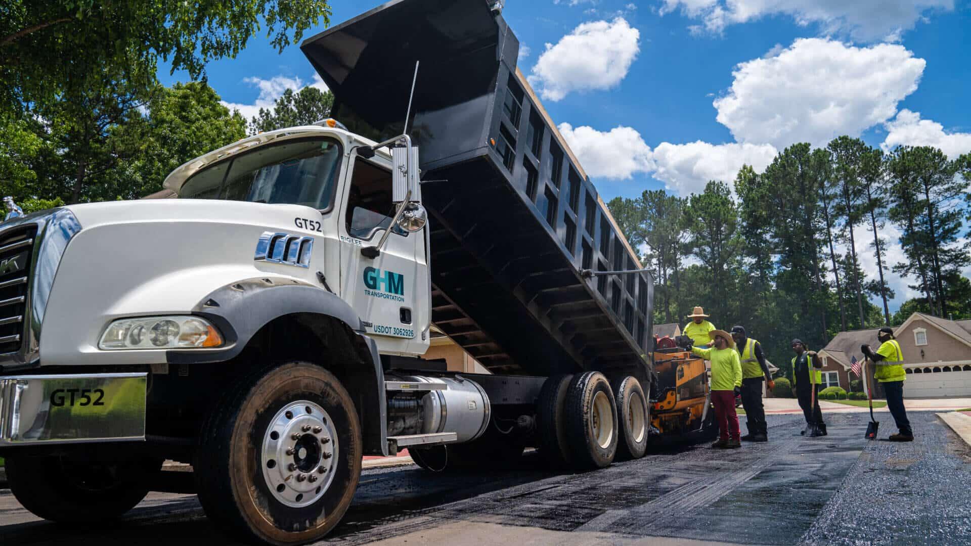 commercial asphalt paving company